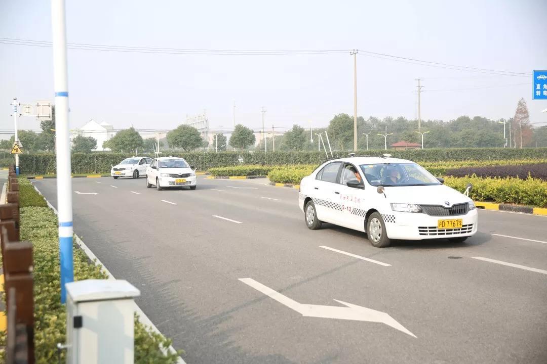 上海驾校练车和实际开车区别大,练习是关键