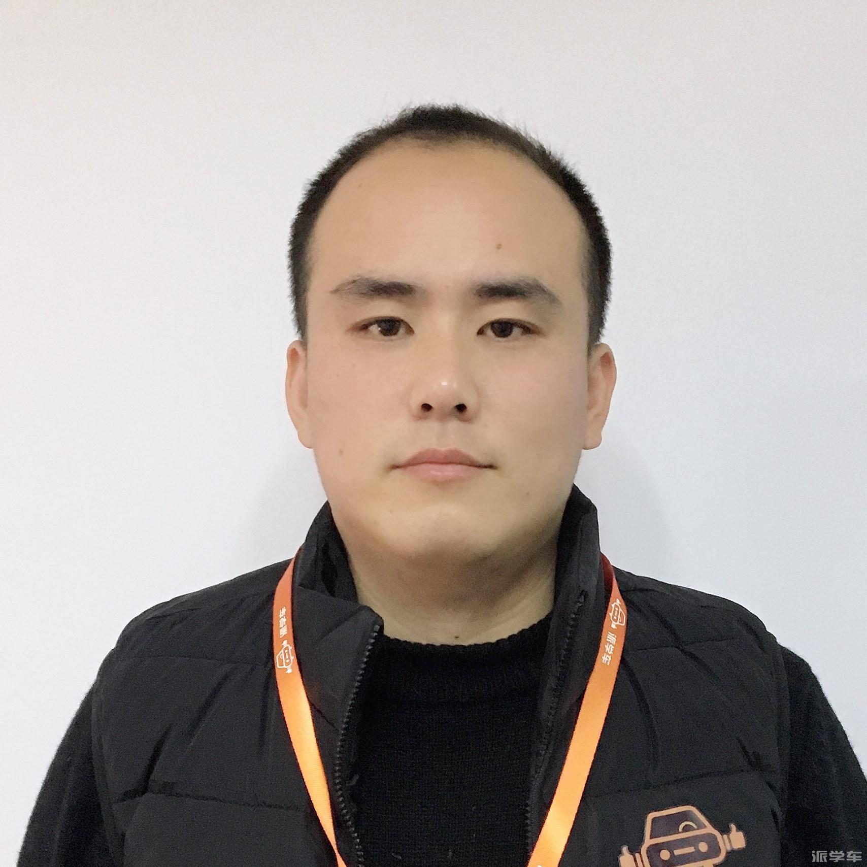 教练杨春轶