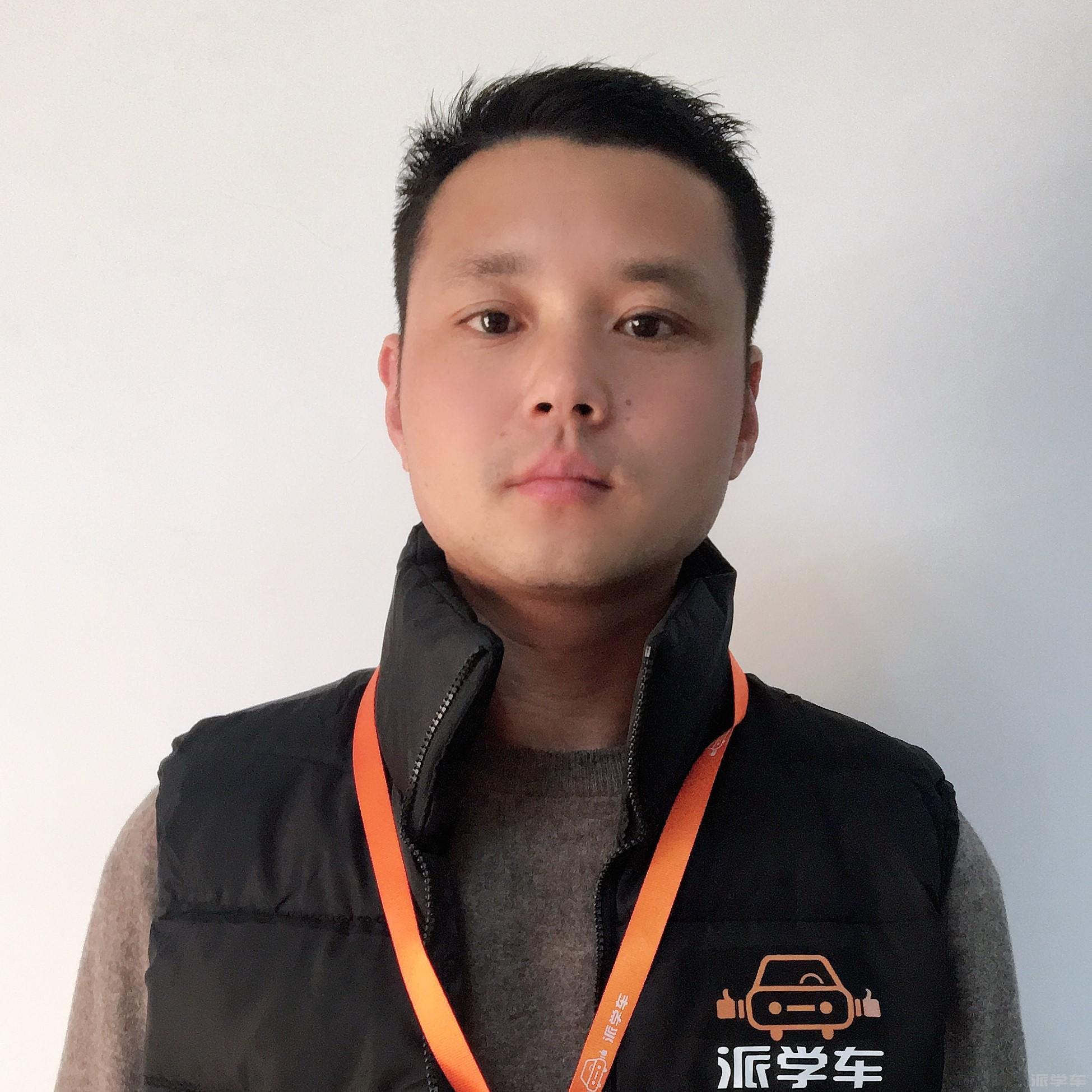 教练张国强