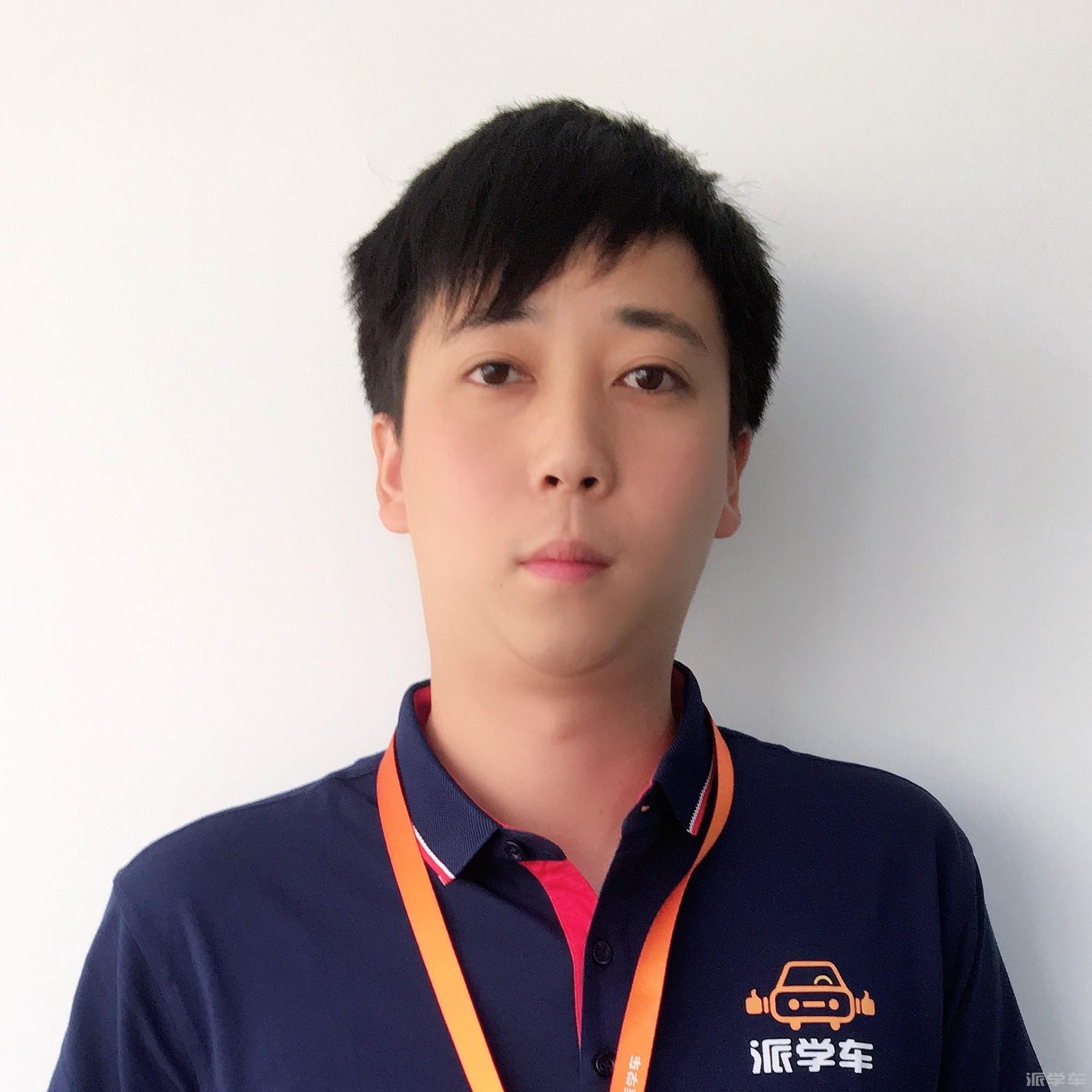 教练李晨纯