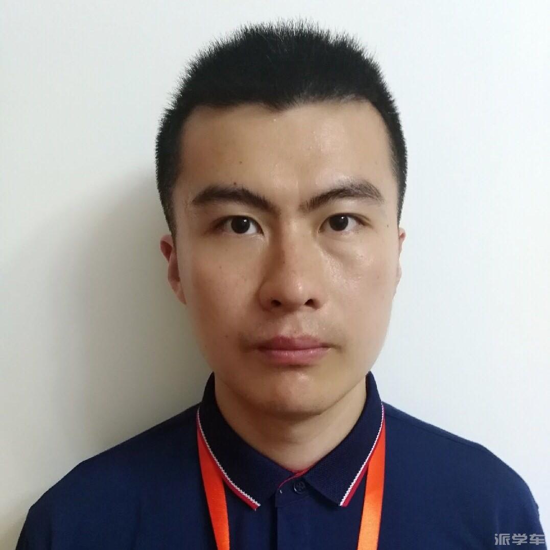 教练陈俊杰(新桑塔纳)