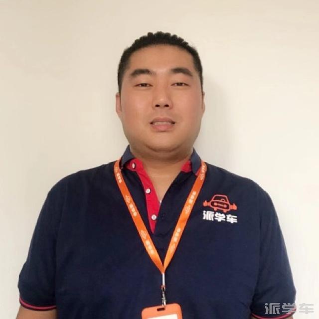教练顾龙翔