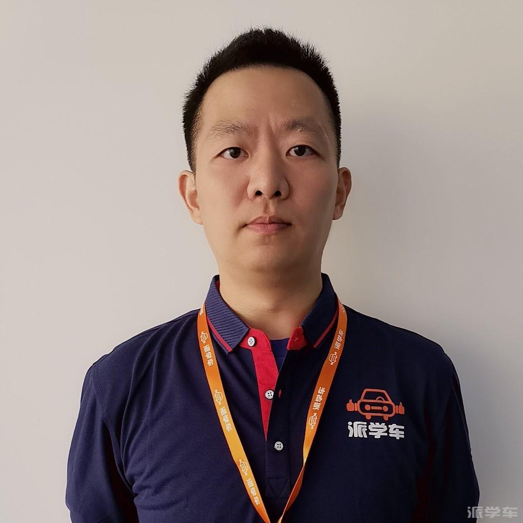 教练沈昊翔
