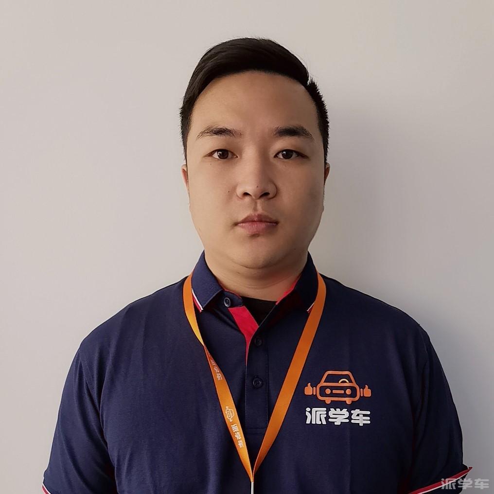 教练王凯敏