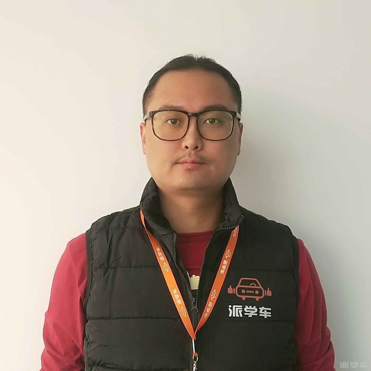 教练骆文斌