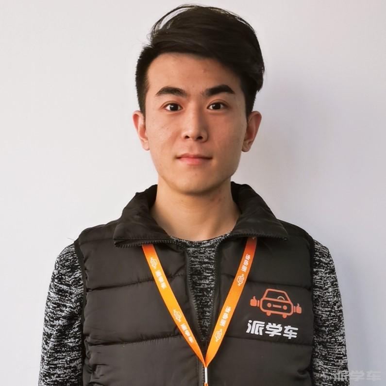 教练吕晓轩