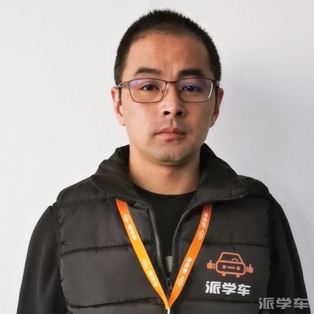 教练盛新华