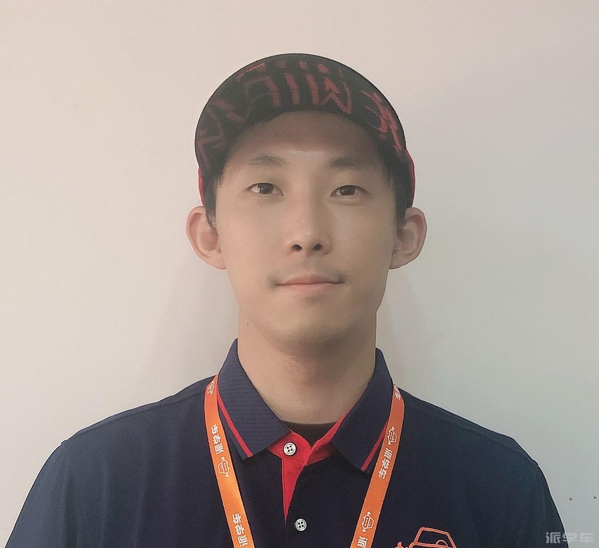教练俞成坤