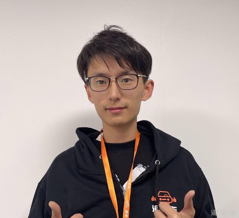 教练张耀文