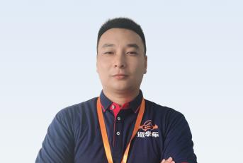 驾校教练刘安堂