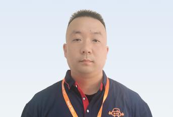 驾校教练汪杨