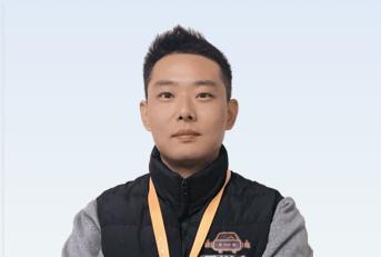 驾校教练陈俊达